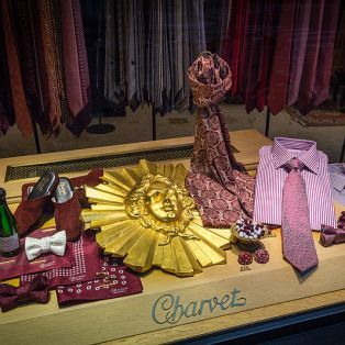 Charvet_Place_Vendôme_shop_window_02