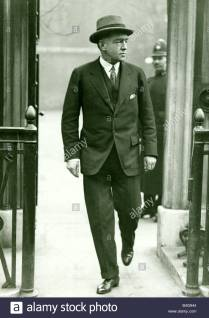 Sir Ernest Shackleton calls at Malborough House. December 1920