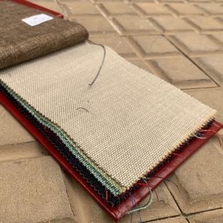 Un mélange d'exception laine, lin, soie et mohair chez Groves & Lindlay. Cher celui-la!