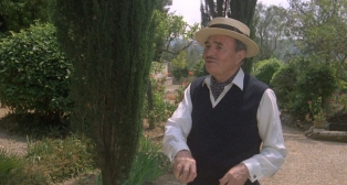 James Mason as Odell Gardener 3